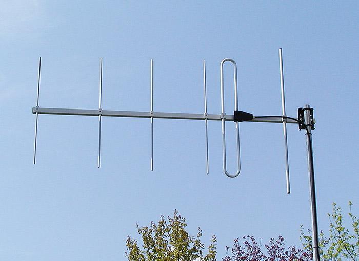 Antenna AD-40/2-6 6-element VHF yagi